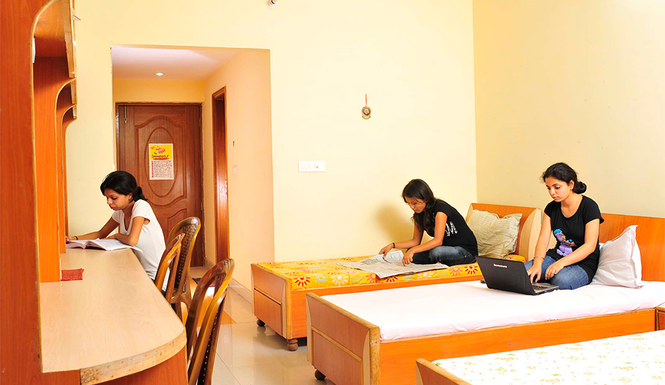 Girls-Hostel.jpg